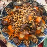 קוסקוס עם תבשיל בשר וחומוס2